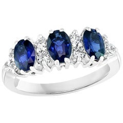 2.5Ct Blue Sapphire & 0.6 Ct Diamond Cocktail Ring in 18 Karat White Gold Estate