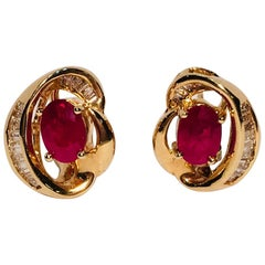 2.6 Carat Pigeon Blood Ruby and Baguette Diamond 14 Karat Yellow Gold Earrings