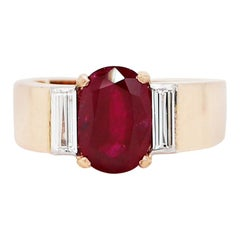 2.60 Carat Ruby and Diamond 18 Carat Yellow Gold Ring, circa 1960s