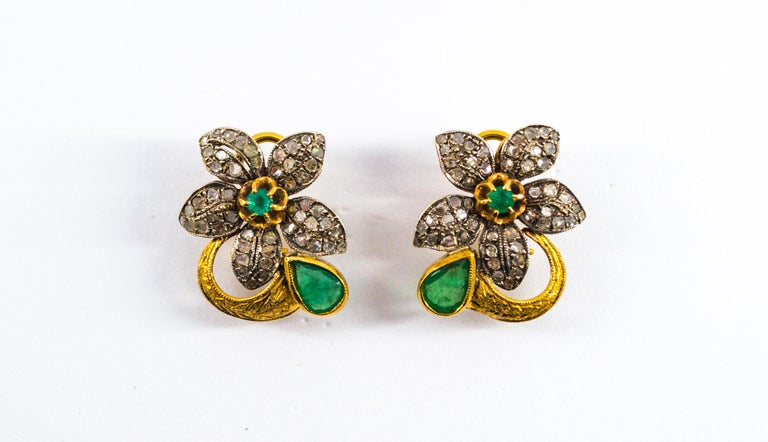 2.60 Carat White Rose Cut Diamond Emerald Yellow Gold Clip-On Flowers Earrings For Sale 5