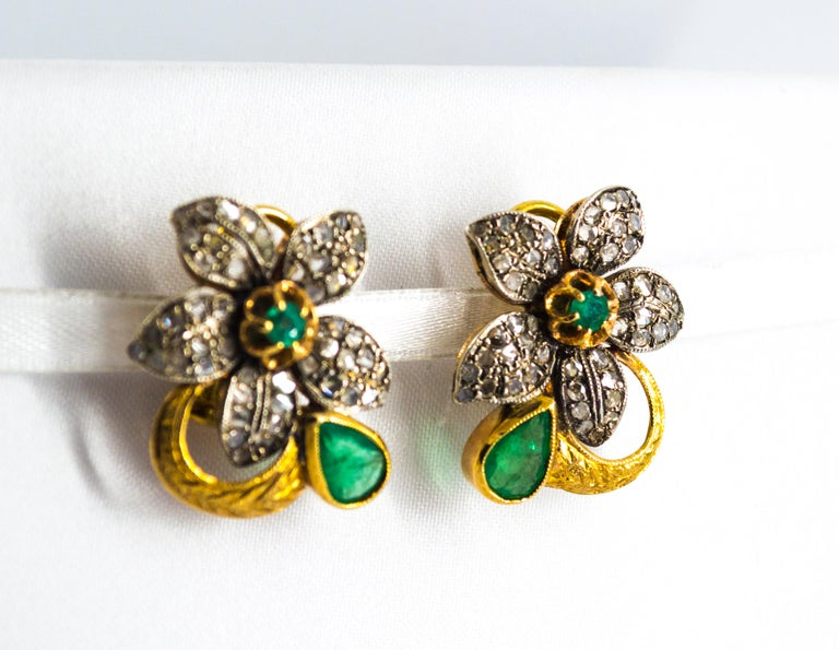 2.60 Carat White Rose Cut Diamond Emerald Yellow Gold Clip-On Flowers Earrings For Sale 3