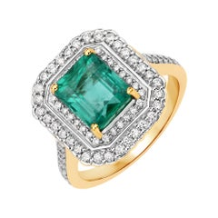 2.60 Carat Zambian Emerald and Diamond 18 Karat Yellow Gold Cocktail Ring