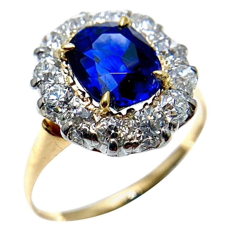 2.63 Carat Oval No Heat Natural Sapphire and Diamond Platinum and Yellow Gold For Sale