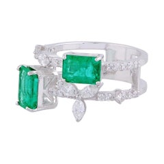 2.64 Carat Emerald Diamond 18 Karat Gold Ring