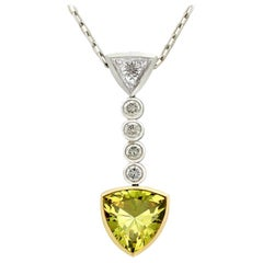 2.65 Carat Green Sapphire and 1.30 Carat Diamond White Gold Pendant