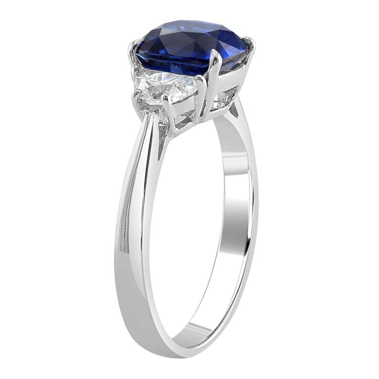 Modern 2.66 Carat Sapphire and Diamond White Gold Three-Stone Ring For Sale