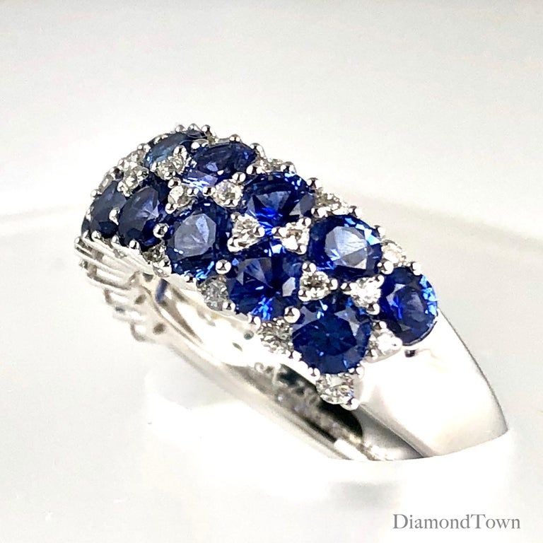 Contemporary 2.68 Carat Blue Sapphire and 0.44 Carat Diamond Fashion Ring in 18k White Gold For Sale