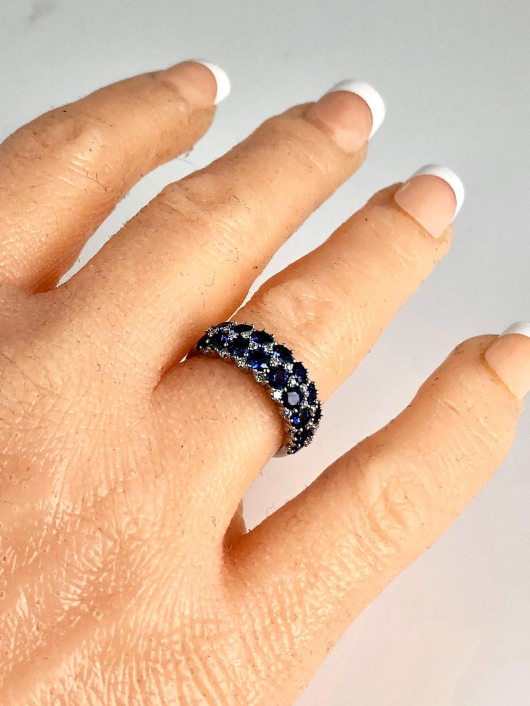Women's 2.68 Carat Blue Sapphire and 0.44 Carat Diamond Fashion Ring in 18k White Gold For Sale