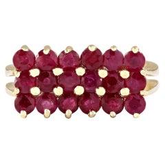 2.69 Carat Natural Ruby 18 Karat Yellow Gold Ring