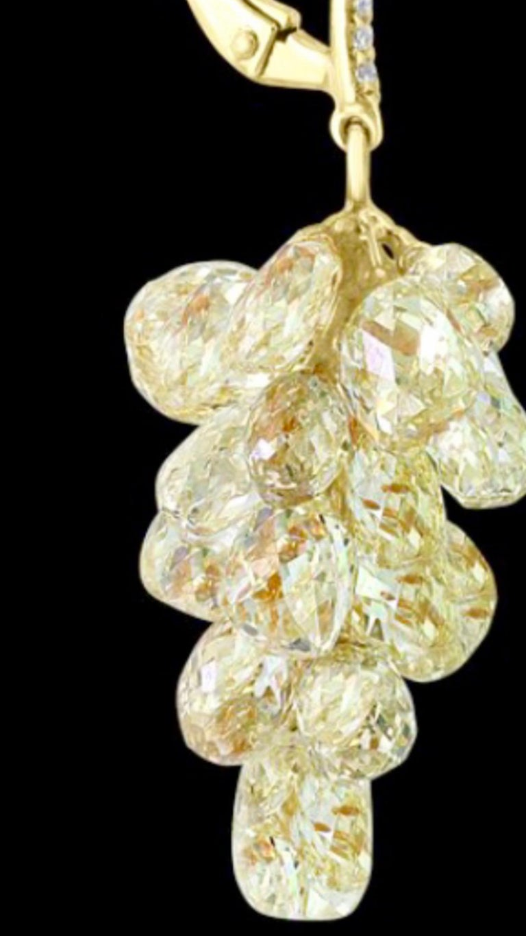 27 Carat Diamond Briolettes Hanging Drop Earrings 18 Karat Gold For Sale 2