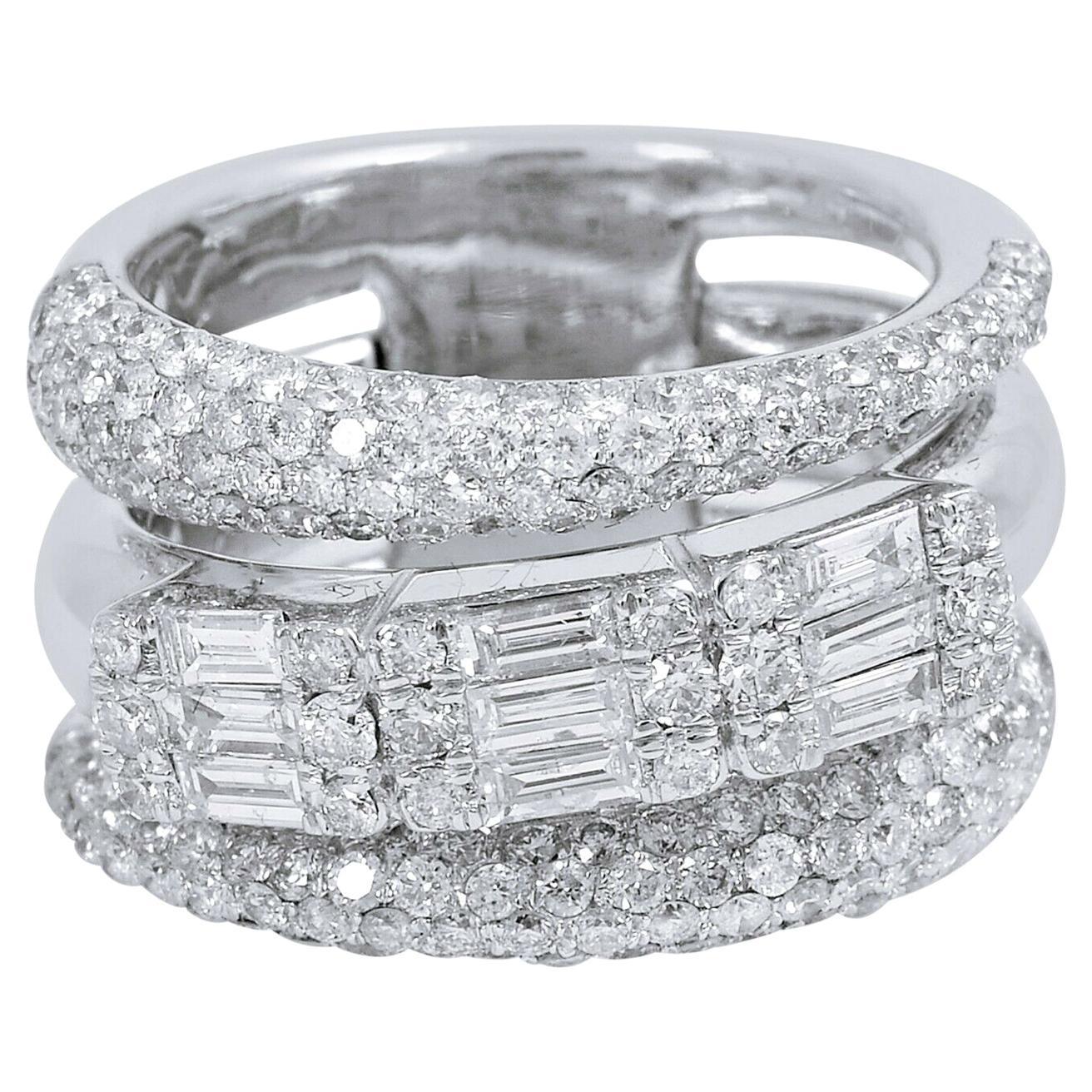 2.70 Carat Diamond 18 Karat White Gold Engagement Ring