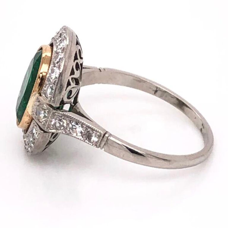 2.70 Carat Emerald and Diamond Art Deco Style Platinum Engagement Ring For Sale 1