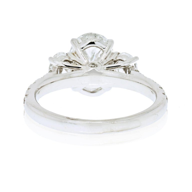 2.70 Carat Oval Cut Diamond Three-Stone Engagement Ring In Excellent Condition For Sale In New York, NY
