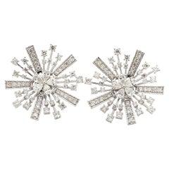 2.70 Carats Diamond Snowflakes 18 Karat Gold Stud Earrings