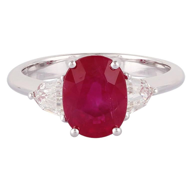 2.72 Carat Ruby and Diamond Ring Studded In 18 Karat White Gold