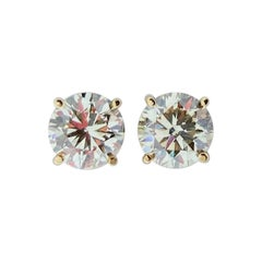 2.73 Carat Total Diamond Stud Earrings in 14 Karat Gold