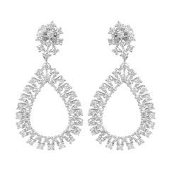 2.75 Carat Diamond 18 Karat Gold Chandelier Earrings