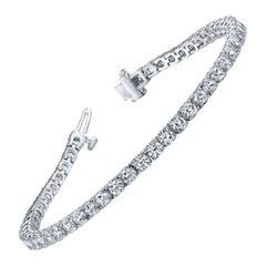 2.75 Carat Total Round Diamond Tennis Bracelet in 14 Karat White Gold