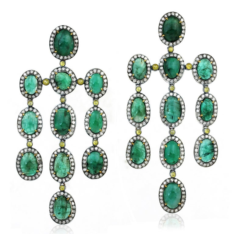 27.55 Carat Emerald Diamond Earrings In New Condition For Sale In Hoffman Estate, IL