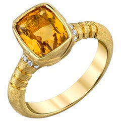 2.76 ct. Bezel Set Golden Beryl Cushion and Diamond, Yellow Gold Signet Ring