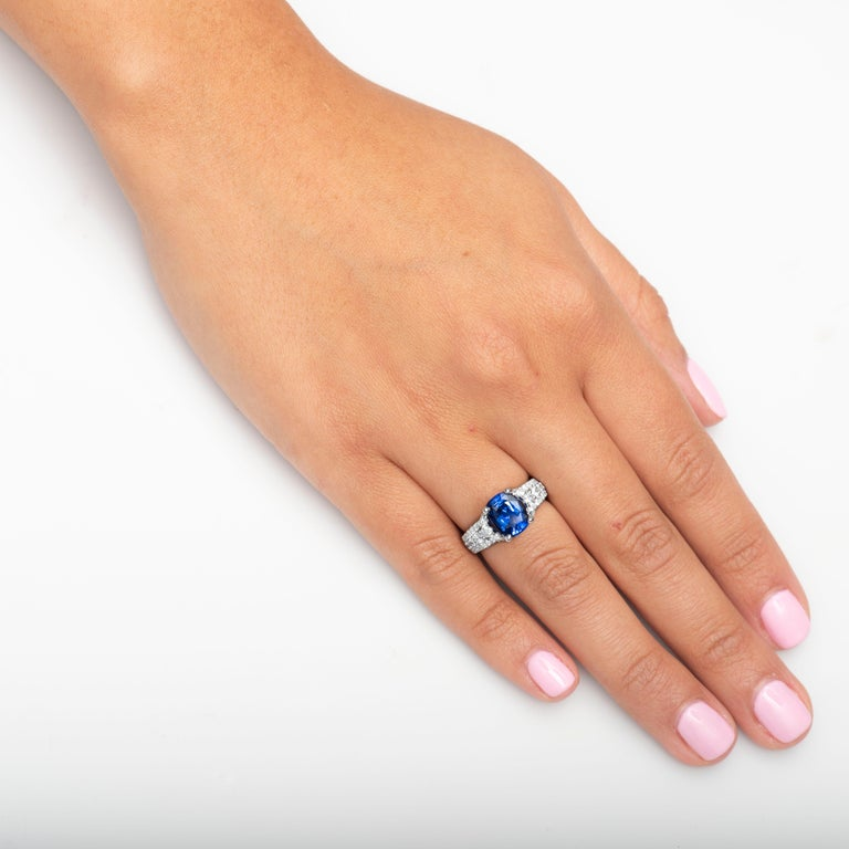 Women's or Men's 2.77 Carat Natural Blue Cushion Cut 'GIA' Sapphire and Diamond Ring, 18 Karat For Sale