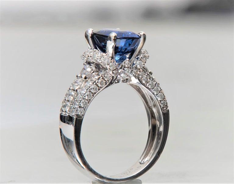 2.77 Carat Natural Blue Cushion Cut 'GIA' Sapphire and Diamond Ring, 18 Karat For Sale 1