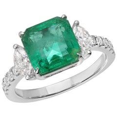 2.79 Carat Colombian Emerald and 0.54 Carat Diamonds in 14 Karat White Gold Ring