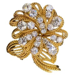 28 Carat Diamond and Gold Brooch by Van Cleef and Arpels, Made in 18 Karat Gold