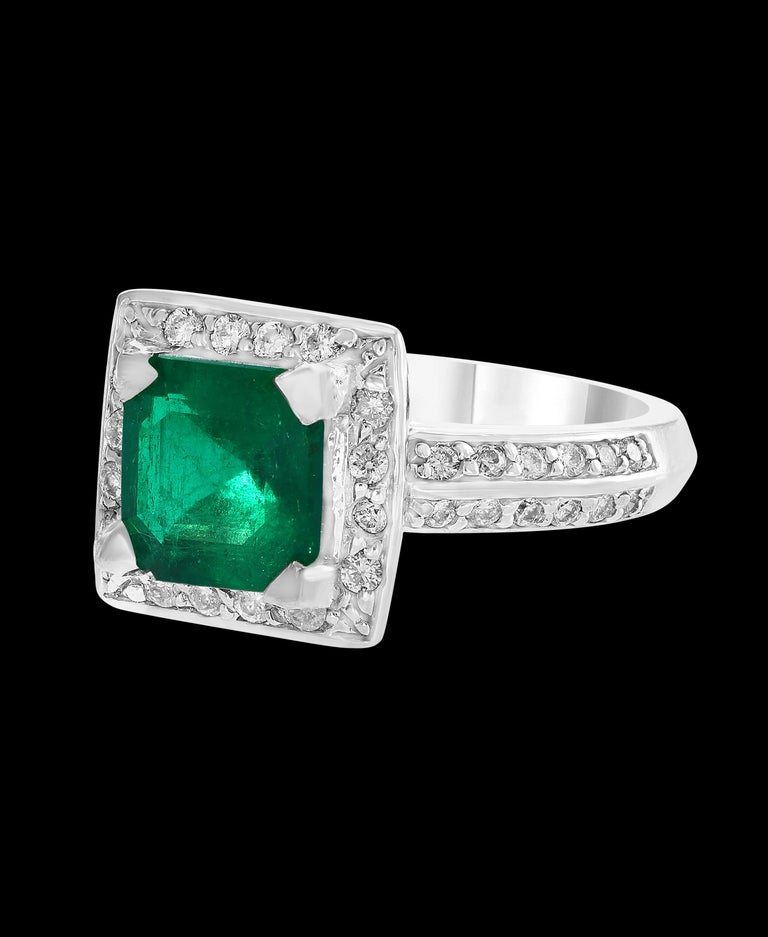 Women's 2.8 Carat Emerald Cut Colombian Emerald and Diamond Ring Estate For Sale