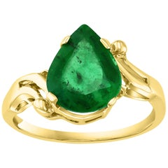 2.8 Carat Pear Cut Natural Emerald Ring 14 Karat Yellow Gold