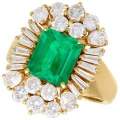 2.80 Carat Emerald and 2.75 Carat Diamond Yellow Gold Cocktail Ring