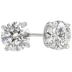 2.80 Carat Round Diamond Stud Earrings