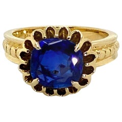 2.82 Carat Burma Unheated Blue Sapphire 18 Karat Yellow Gold Ring