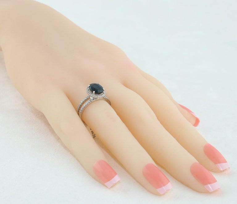 Women's 2.82 Carat Oval Blue Sapphire Diamond Gold Ring For Sale