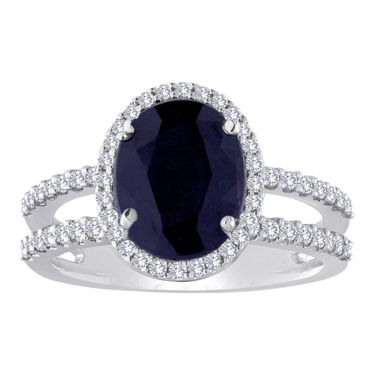 2.82 Carat Oval Blue Sapphire Diamond Gold Ring For Sale