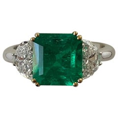 2.83 Carat Colombian Emerald and Diamond Ring