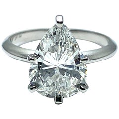 2.85 Carat Pear Shape Diamond and Platinum Solitaire Ring