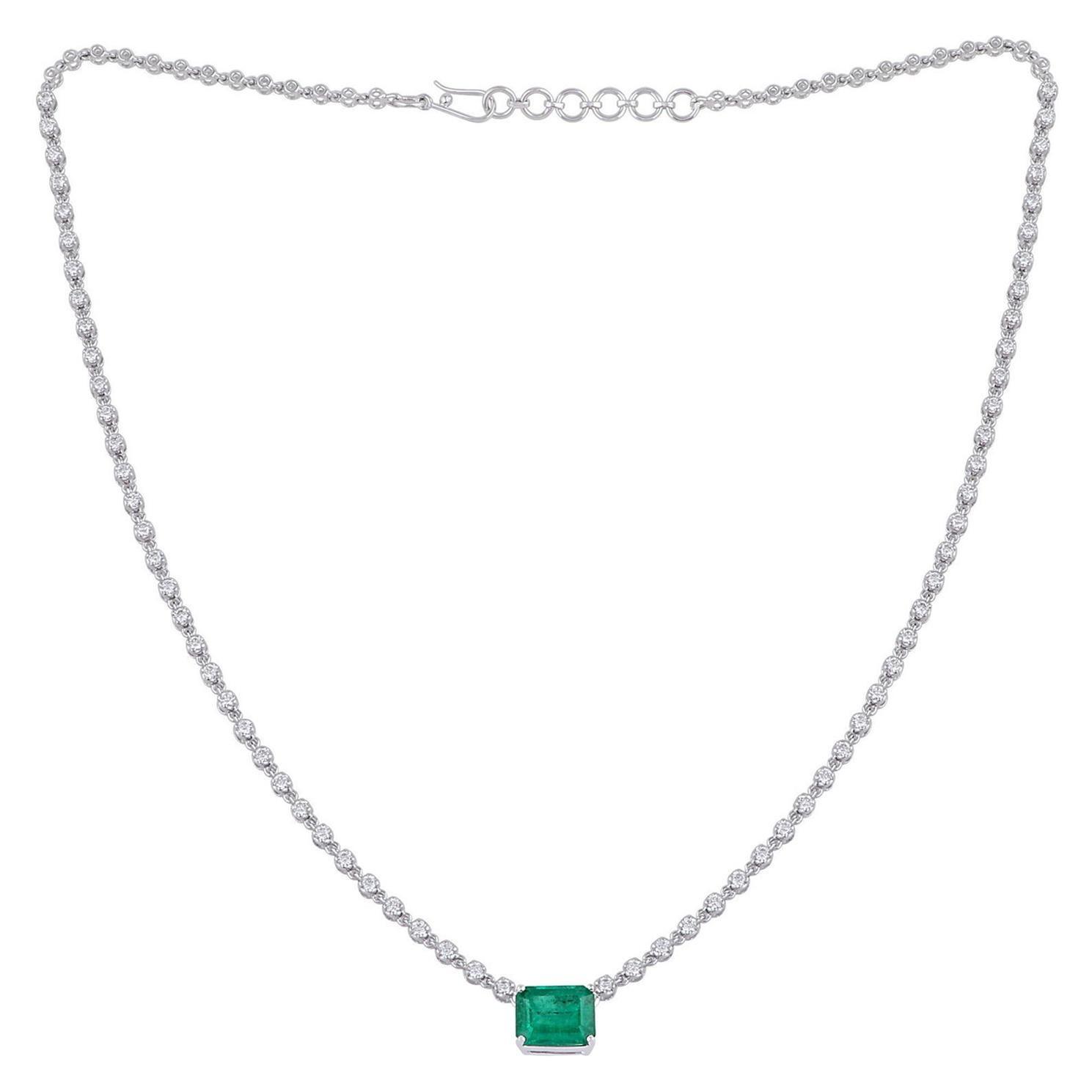 2.86 Carat Emerald 18 Karat White Gold Diamond Choker Necklace