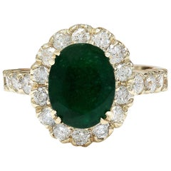 2.86 Carat Natural Emerald 18 Karat Solid Yellow Gold Diamond Ring