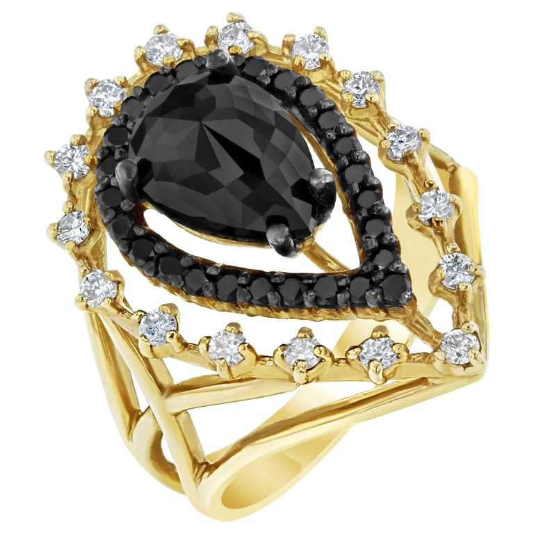 2.86 Carat Pear Cut Black Diamond Yellow Gold Cocktail Ring For Sale