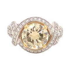 2.87 Carat Round Brilliant Yellow Diamond and White Diamond Ring in Platinum
