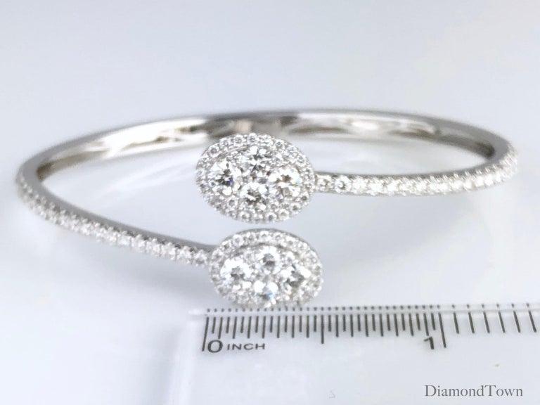 Women's 2.88 Carat Diamond Bangle Bracelet in 18 Karat White Gold by Diamond Town For Sale