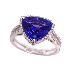 2.89 Carat Blue Tanzanite Trillion Ring