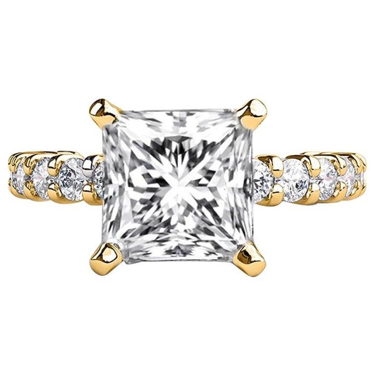 2.9 Carat 14 Karat Yellow Gold Princess Diamond Ring, Vintage Style Ring For Sale