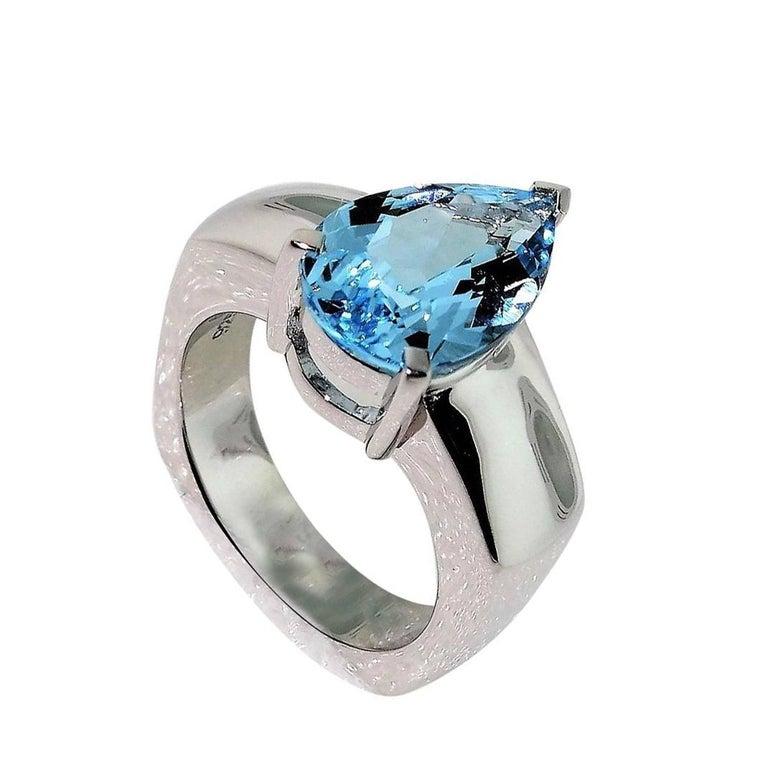Modern 2.90 Carat Blue Topaz Diamond Solitaire Ring Estate Fine Jewelry For Sale