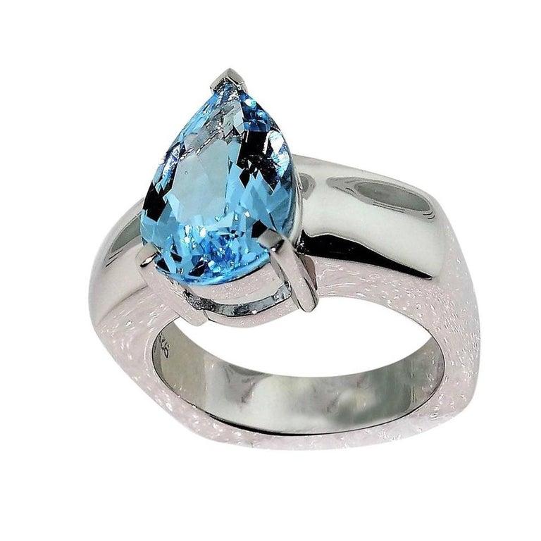 Pear Cut 2.90 Carat Blue Topaz Diamond Solitaire Ring Estate Fine Jewelry For Sale