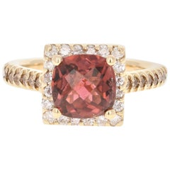 2.90 Carat Mauve Tourmaline Diamond 14 Karat Yellow Gold Cocktail Ring