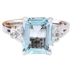 2.90 Carat Natural Aquamarine 18 Karat Solid White Gold Diamond Ring