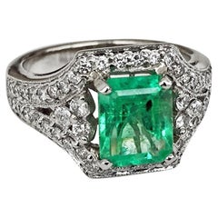 2.91 Carat Vintage Colombian Emerald Diamond Engagement Ring 18 Karat