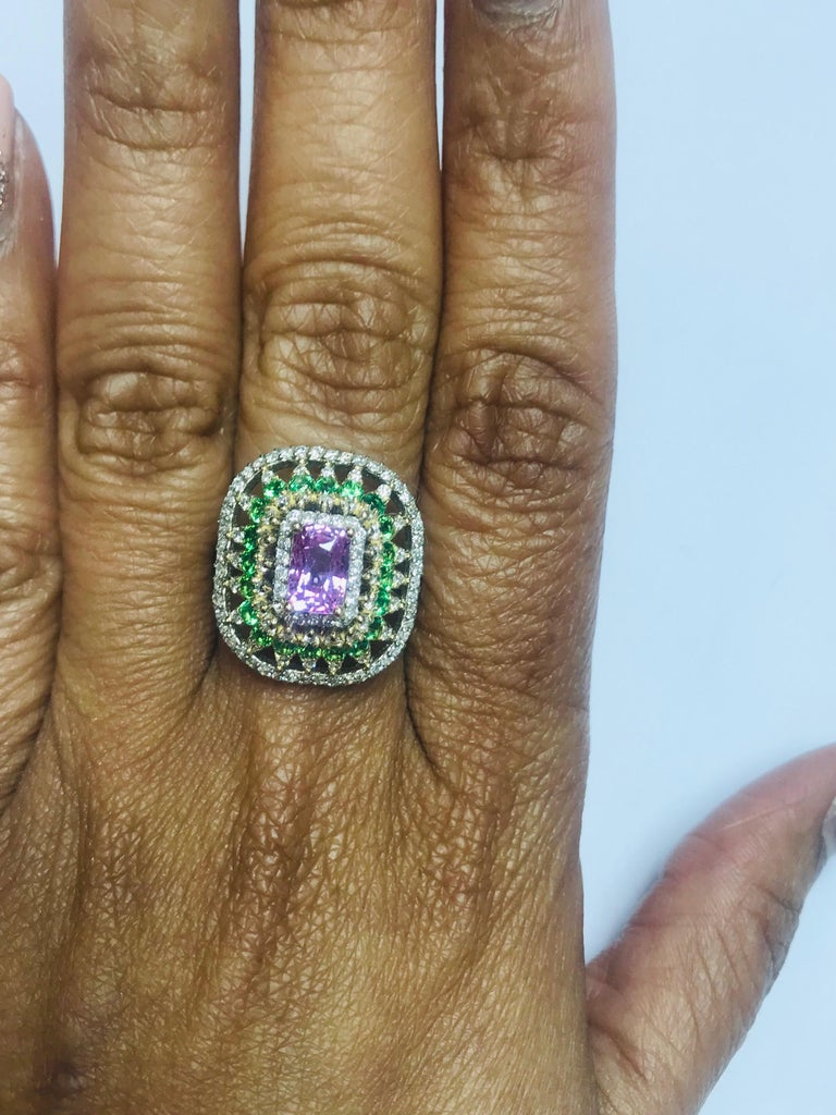 2.91 Carat Pink Sapphire Tsavorite Diamond 14 Karat White Gold Ring In New Condition For Sale In Los Angeles, CA